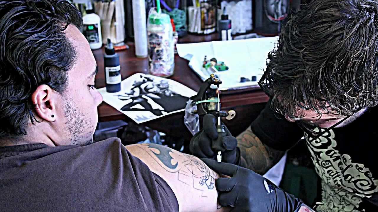 Brooklyn tattoo shop joe khay the tattoo artist youtube for Tattoo shop brooklyn