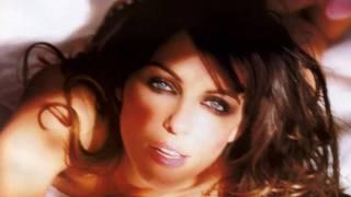 Liz Hurley HD