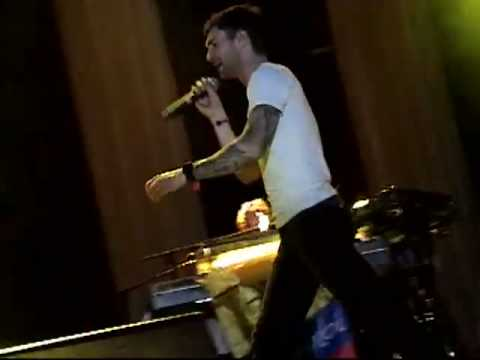 Maroon 5 - Wake Up Call -  Live In Colombia - Excellent Quality - HQ