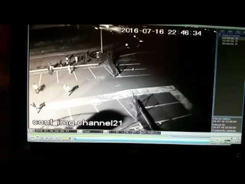 Camera de surveillance - Attaque d'un hôtel à Lyon le soir de la tentative de coup d'Etat en Turquie
