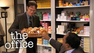 Dwight's Favors - The Office US