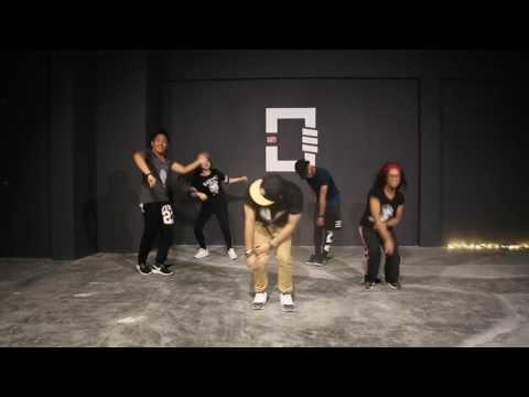 UNE | Choreography by Efal | Mark Morrison - Return Of The Mack