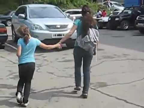Школьницы Владивостока отравились водкой