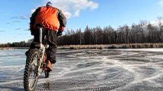Bicycle Ice Drifting