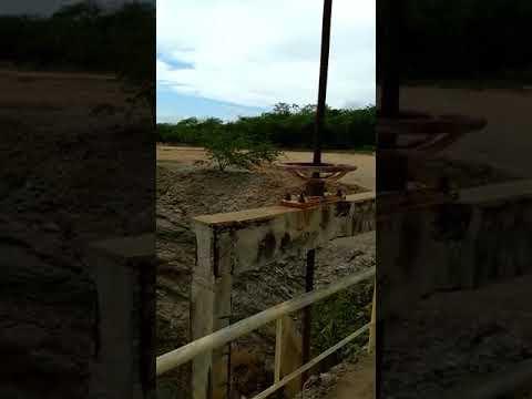 Imagem da comporta da Barragem da Farinha
