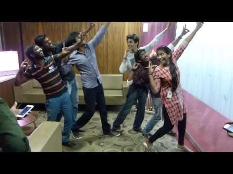 Anirudh & Sivakarthikeyan giving Dance Lessons to Suryan FM 93.5 RJ'S !!!