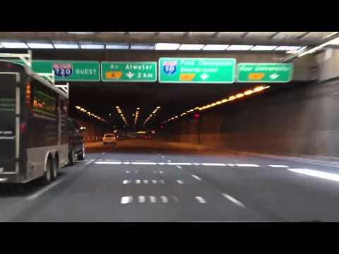 Tunnel Ville-Marie sur l'autoroute 720 à Montréal