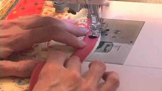 Sew Easy Lesson: Piping for Pillows