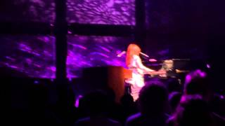 Tori Amos - Cornflake Girl (Live at Nottingham Royal Concert Hall, Uk - 14/05/2014)