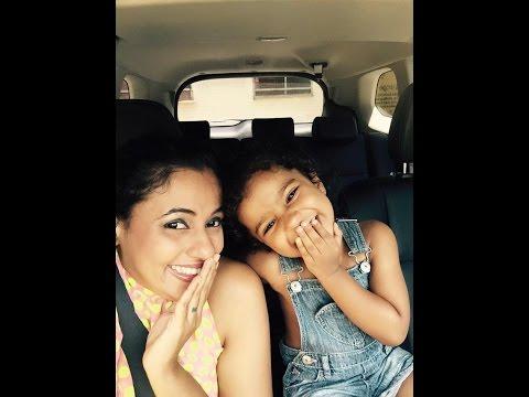 Udari Warnakulasooriya and her baby selfie