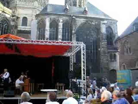 Concert behind the Rathaus