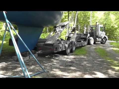 Sabre sailboat launch - boat transport