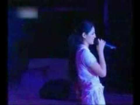 A Sweet Song Sing By Girl At  IIT Kharagpur