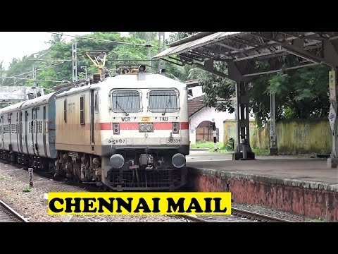 WAP7 Loco Arrives Kerala First Time With Chennai Mail