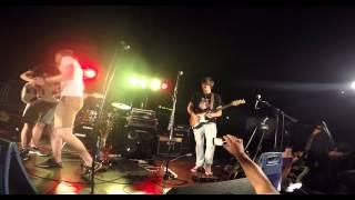 Hold The Line - Wet Floor ft. Mateo Resman