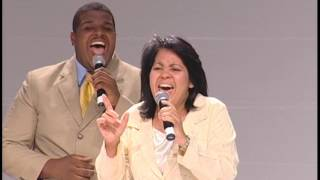 """Alaba a Dios"" Grupo Emmanuel"