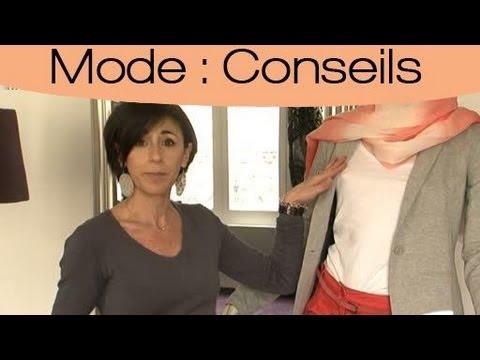 styliser votre tenue avec un pantalon chino youtube. Black Bedroom Furniture Sets. Home Design Ideas