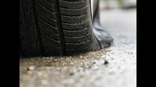 How to fix a tyre puncture usi…