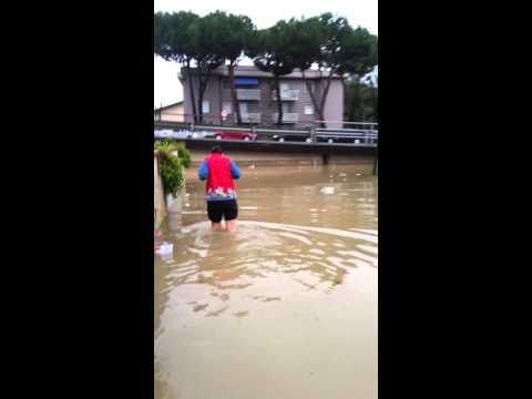 Alluvione marina di Carrara