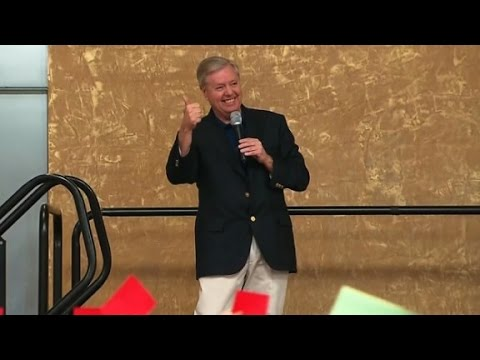 Senator Graham talks Obamacare, gets booed