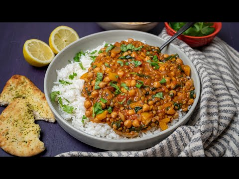 Easy Lentil and Chickpea Curry (Vegan)
