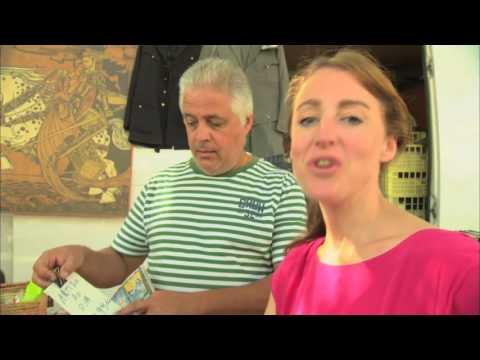 Globe Shopper -  Lisbon Flea Markets