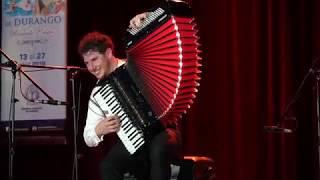 Extraordinario! Medley de Pietro Adragna acordeonista en Festival Ricardo Castro en Durango, México