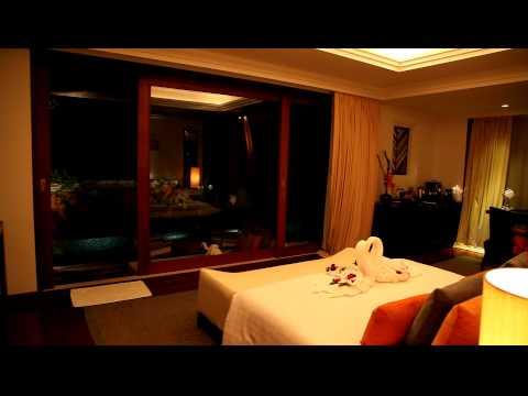 Deluxe Pool Suite (Honeymoon Suite) – Mai Samui Beach Resort & Spa, Koh Samui, Thailand