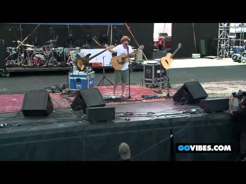 """Keller Williams Performs """"Can't Come Down"""" into """"Brown Eyed Women"""" at Gathering of the Vibes 2012"""