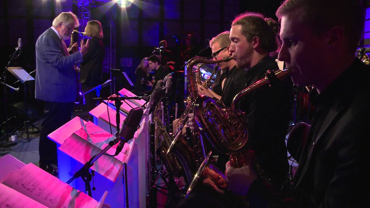 Bundesjazzorchester feat. | Kurt Elling | STEPPIN' OUT