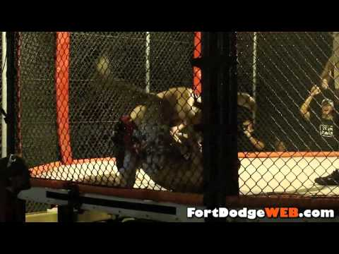 Jordan Lippis Wins (Fight #16) 2010 MMA Event at Mineral City Speedway in Fort Dodge