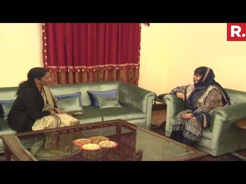 Defence Minister Nirmala Sitharaman Meets Mehbooba Mufti on J&K security