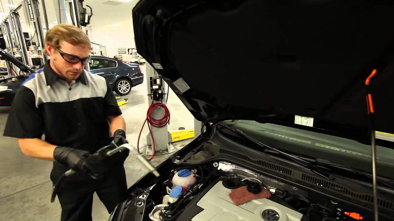 What Engine Oil Do I Use?   Official VW Service and Parts Videos