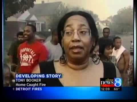 Winds push fire through Detroit homes