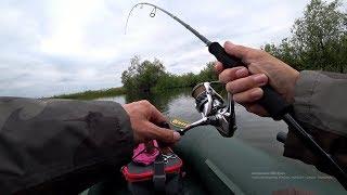 Вот это приманка! Щука на нее с охотой бросалась! Рыбалка на спиннинг.