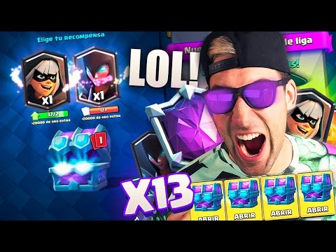 OPENING ALL DRAFT CHESTS IN THE NEW LEAGUES!! NEW DRAFT CHEST | Clash Royale