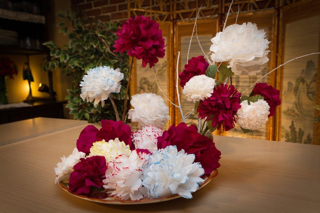 Flores de papel de servilletas con javier moyano viyoutube for Decoracion con cenefas de papel