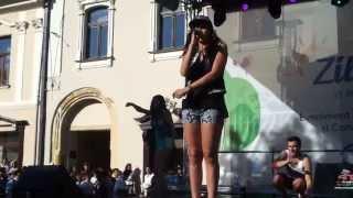 Alina Eremia - Umbrella (cover)(live la Baia Mare)