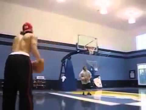 Mike Miller showing why he is one of the best shooters in the NBA SICK shooting