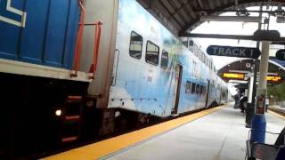 Tri Rail arriving at Golden Glades Park and Ride