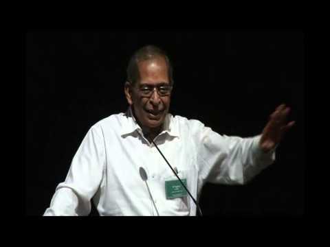 N Vaghul at GiveIndia's 13th Anniversary celebration