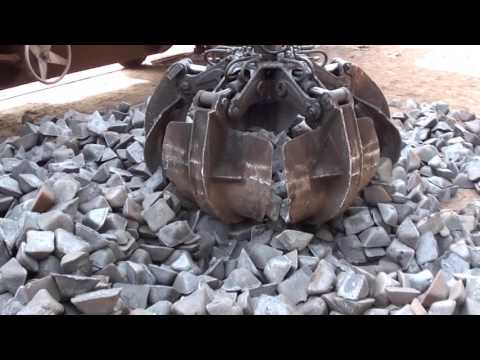 Pig iron loading into containers