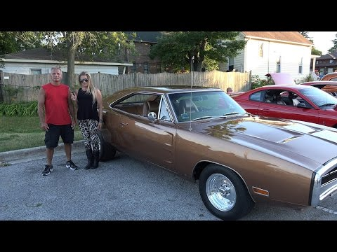 1970 Dodge Charger 500 - Tinley Car Show