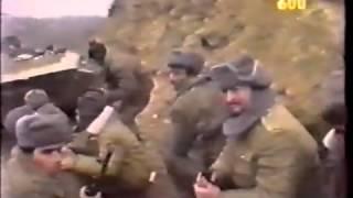 Кадры Карабахской войны (азербайджанцы бегут в панике от армян)(, 2014-01-26T08:01:17.000Z)