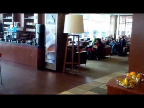 Air Canada Maple Leaf Lounge Vancouver Airport YVR
