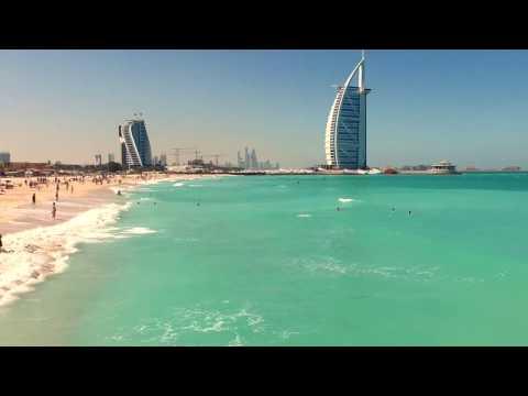 Meet me in Dubai: A Desert Balloonist – Visit Dubai