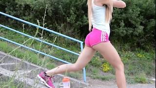 Outdoor Legs Fitness Training │Victoria Sprlo