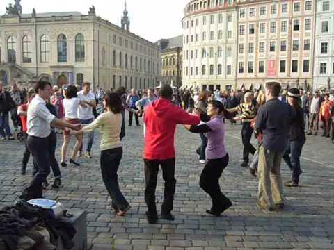 Rueda Flashmob Dresden 29 03 2014