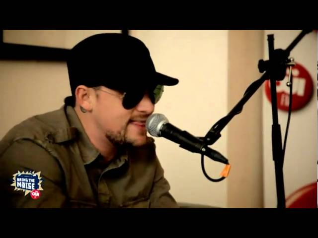 Good Charlotte - Lifestyles of the Rich & Famous (acoustic session)