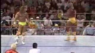 royal rumble 1990:hogan/warrior meet for the 1st time!